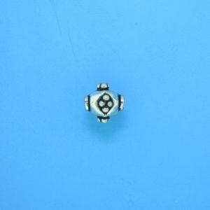 15028 - Bali Silver Bead 8x8mm