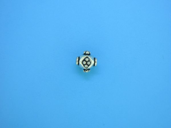 15314    - Bali Silver Bead 8x8mm