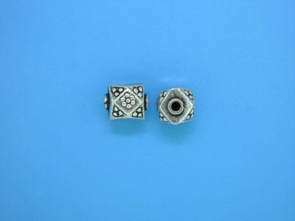 15320    - Bali Silver Bead 8x9mm