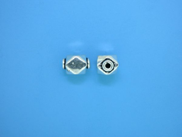 15348    - Bali Silver Bead 7.5x10mm