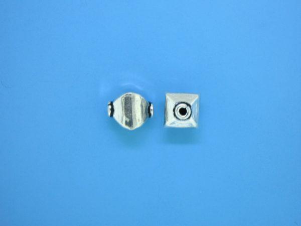 15347    - Bali Silver Bead 8x10mm