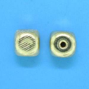 287 - 7x7mm Gold Filled Design Square Bead