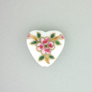 9037P - 20x21mm Fancy Porcelain Heart - White