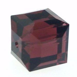 5601 - 8mm Swarovski Cube Crystal - Burgundy