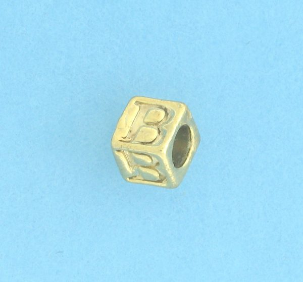 9800 - 5.5mm Gold Plated Alphabet Beads B