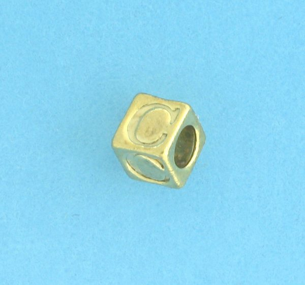 9800 - 5.5mm Gold Plated Alphabet Beads C