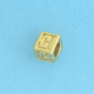 9800 - 5.5mm Gold Plated Alphabet Beads E
