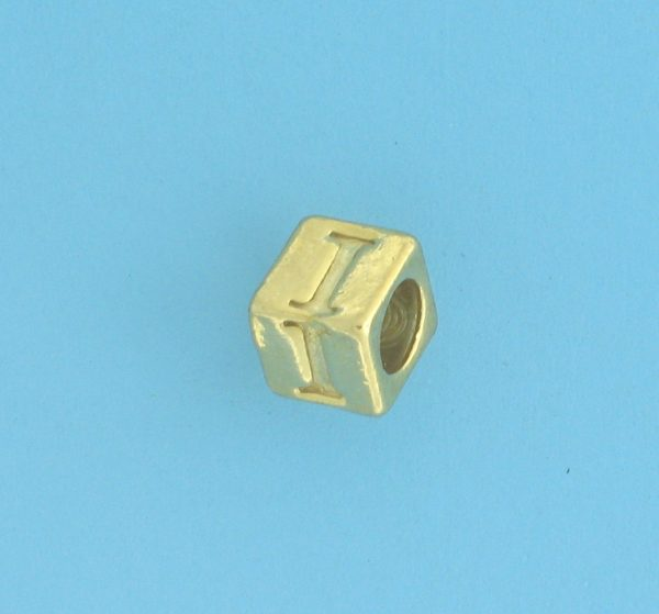 9800 - 5.5mm Gold Plated Alphabet Beads I