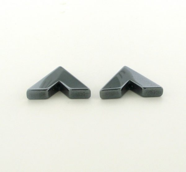 9217 - 15x17mm  V Shape Hematite Beads - 16'' Strand