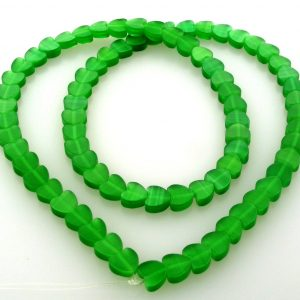 "9514 - 6mm Cat's Eye Puff Hearts (16"" strand) - Green"