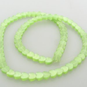 "9514 - 6mm Cat's Eye Puff Hearts (16"" strand) - Light Green"
