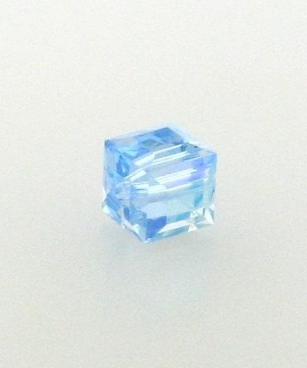 5601 - 6mm Swarovski Cube Crystal - Aquamarine AB