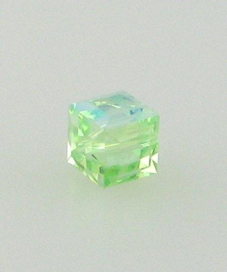 5601 - 6mm Swarovski Cube Crystal - Chrysolite AB