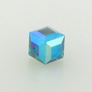 5601 - 6mm Swarovski Cube Crystal - Emerald AB