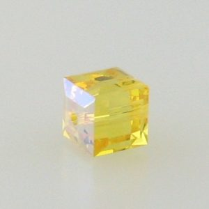 5601 - 6mm Swarovski Cube Crystal - Light Topaz AB