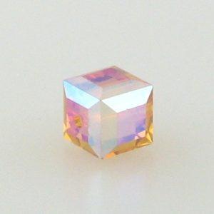 5601 - 8mm Swarovski Cube Crystal - Topaz AB